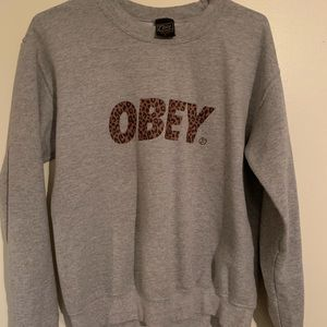 Obey crewneck